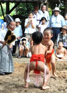 小二才の相撲