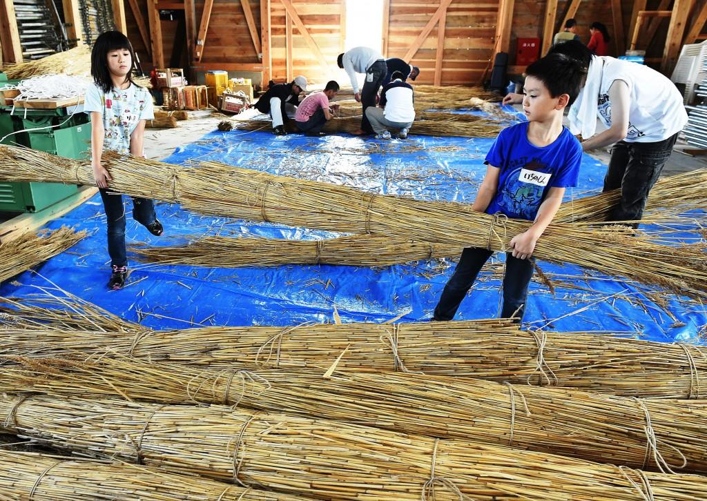 葦船づくりYMD_6911