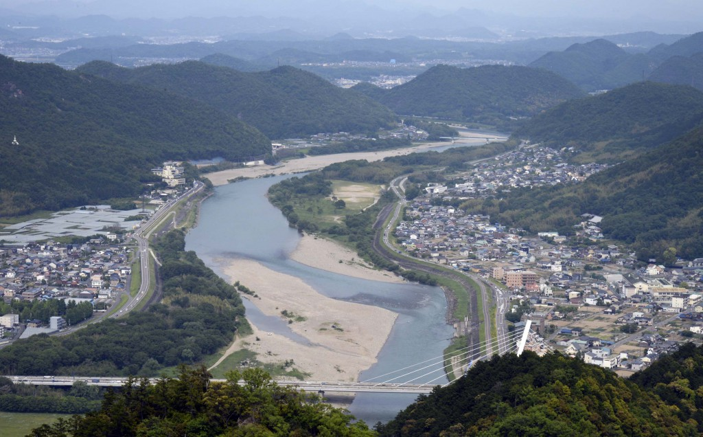 The Nagara River overlooked from Gifu CAstel on the top of Mt. Kinkazan